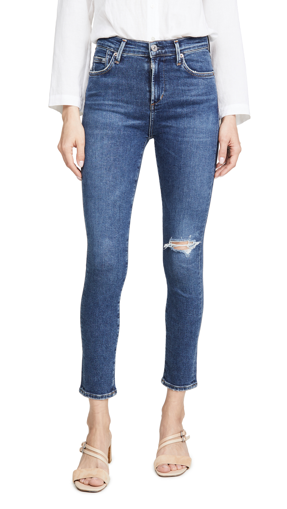 Buy Citizens of Humanity online - photo of Citizens of Humanity Rocket Crop Mid Rise Skinny Jeans
