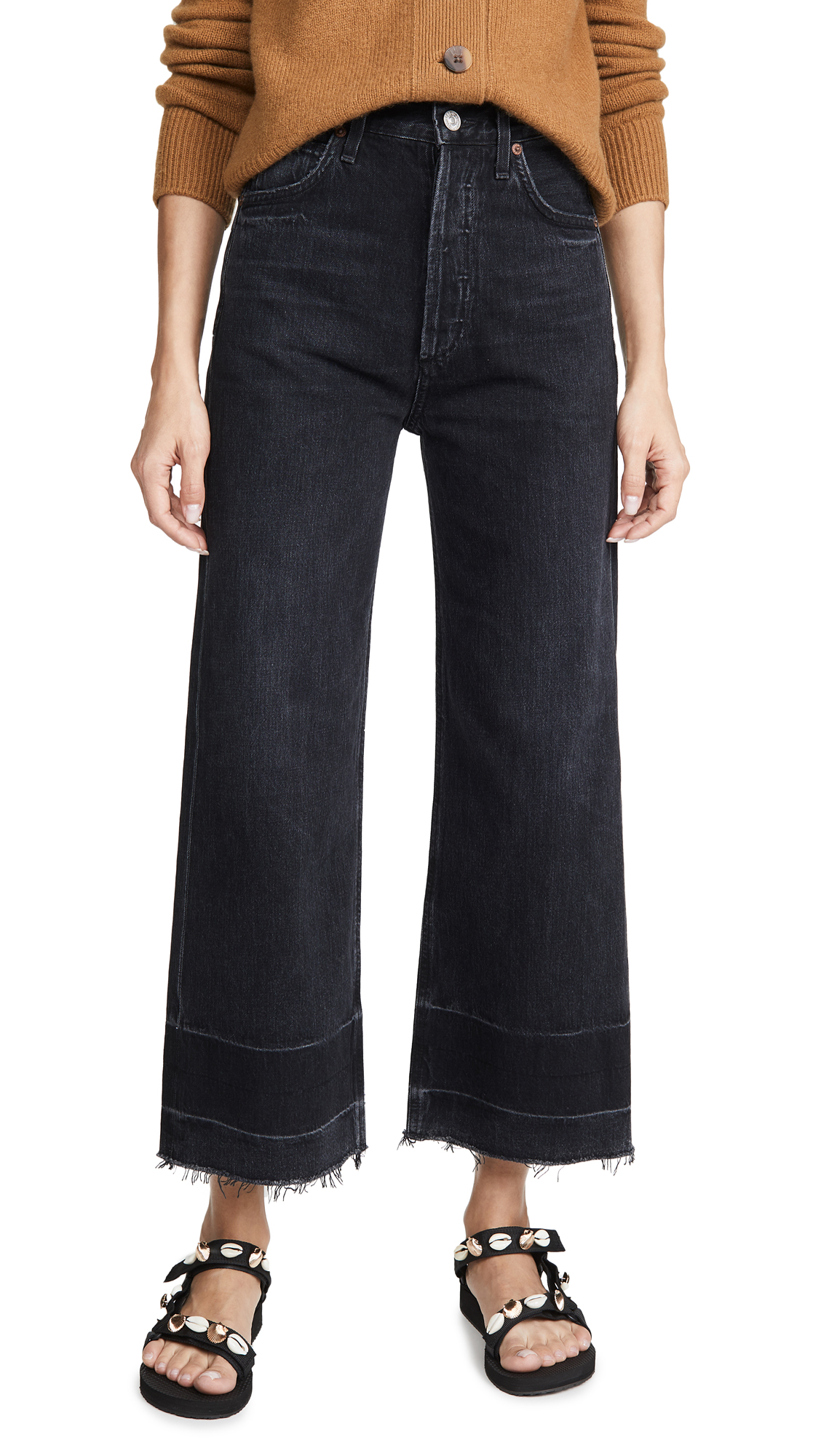 Buy Citizens of Humanity online - photo of Citizens of Humanity Sacha High Rise Wide Leg Jeans