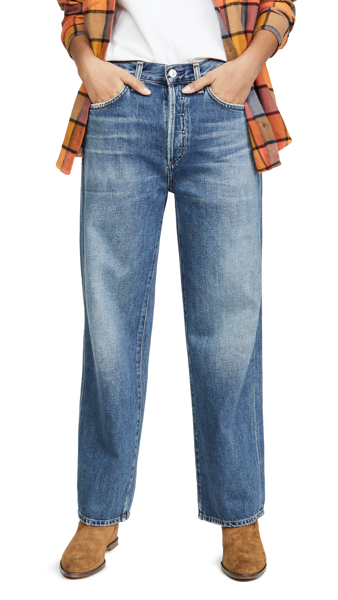 Buy Citizens of Humanity online - photo of Citizens of Humanity Joanna Relaxed Vintage Straight Jeans