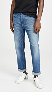 Calvin Klein Jeans Relaxed Straight Leg Jeans in Piels