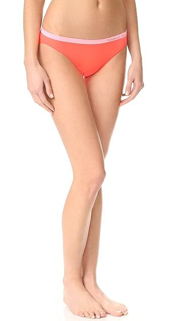Calvin Klein Underwear Pure Seamless Bikini 3 Pack