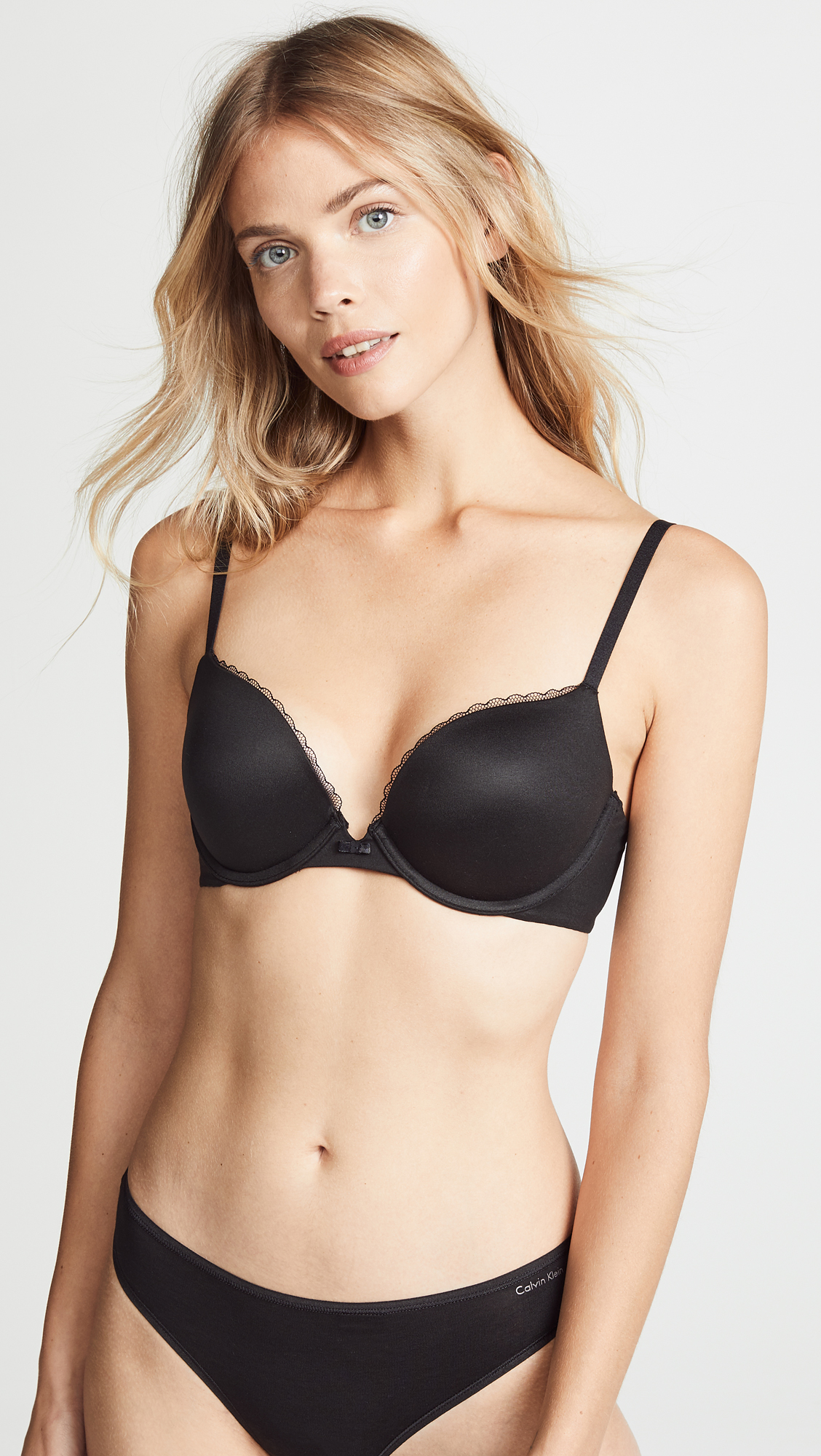 d82e5d1e243 Calvin Klein Underwear Everyday Calvin Plunge Push Up Bra