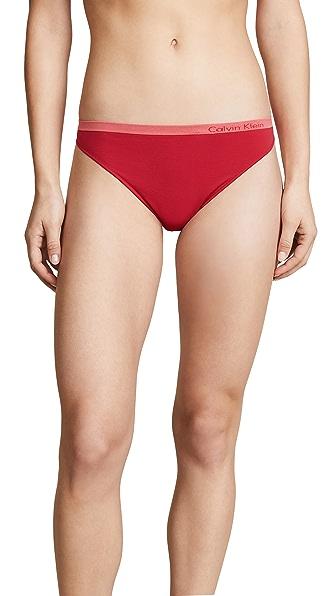 Calvin Klein Underwear Pure Seamless Thong In Empower
