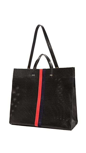 ClareV. Простая объемная сумка с короткими ручками и перфорацией