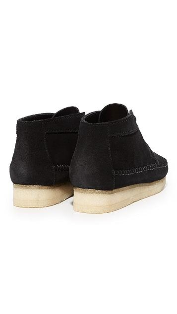 Clarks Weaver Suede Boots