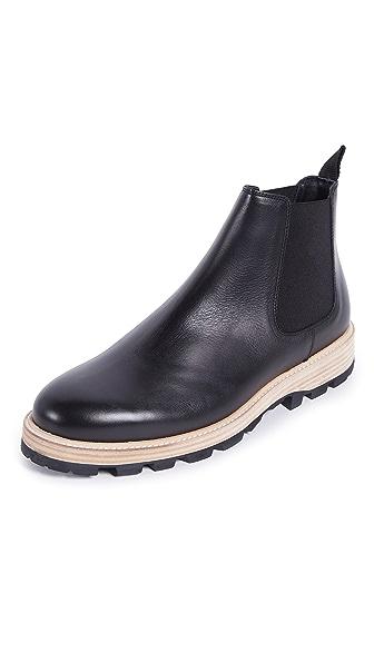 Clarks Lorwin Mid Chelsea Boots