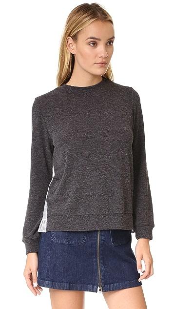 Clu Clu Too Ruffle Trimmed Sweater