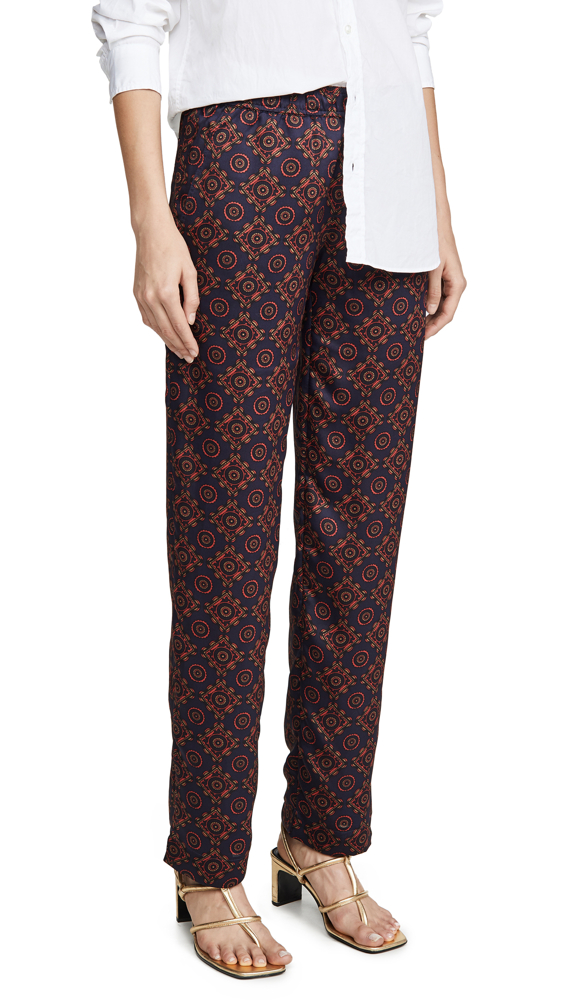 Buy Club Monaco online - photo of Club Monaco Printed Twill Pull On Pants