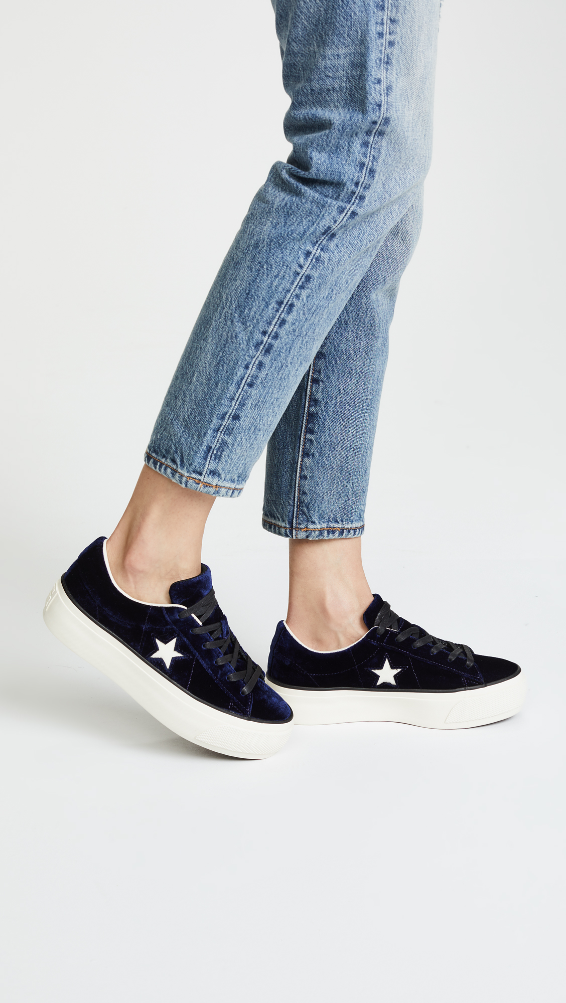 f258a839fbe2 Converse One Star Platform Ox Sneakers