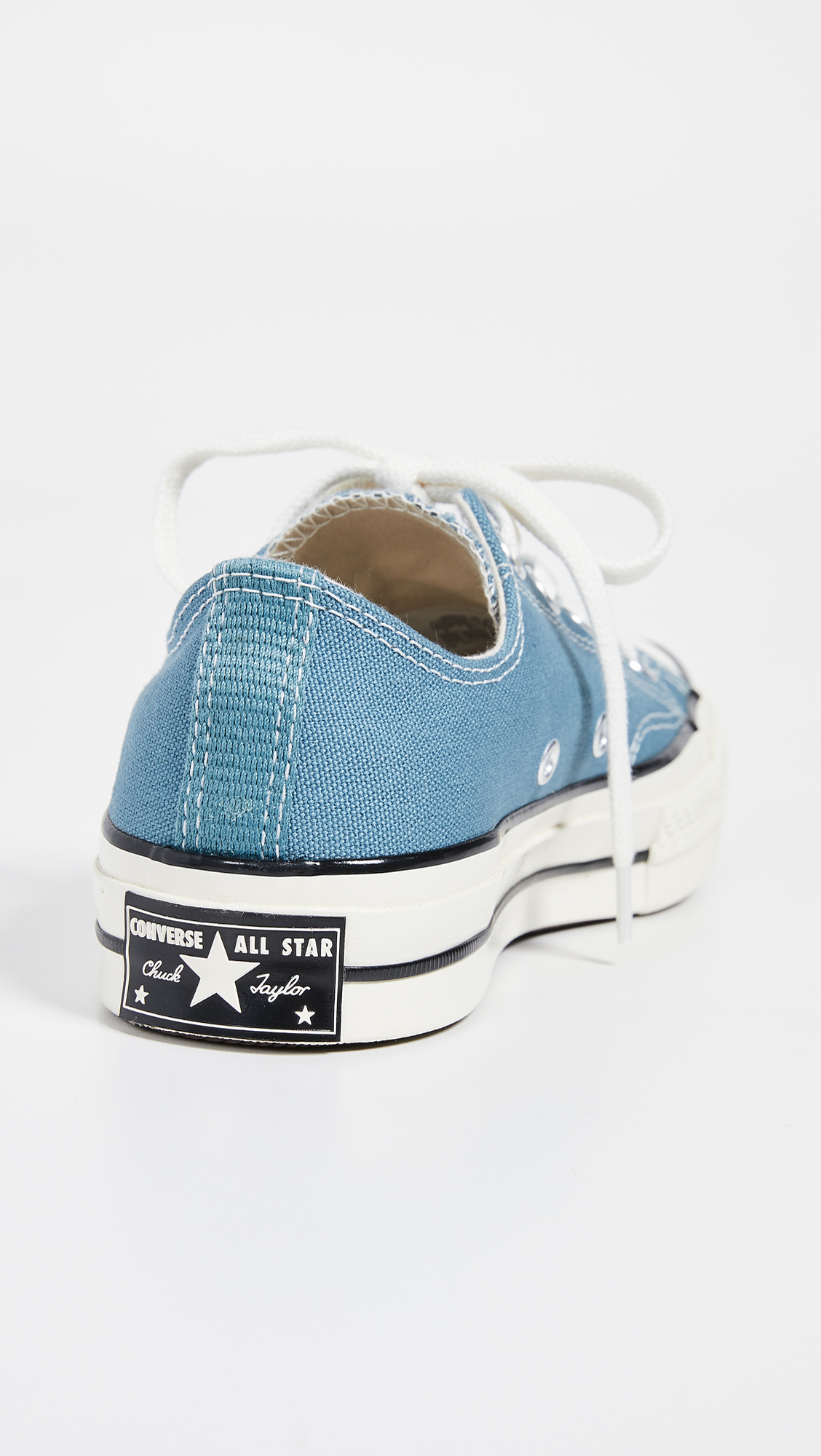 0344dc3fd4d9 Converse Chuck  70s Vintage Ox Sneakers