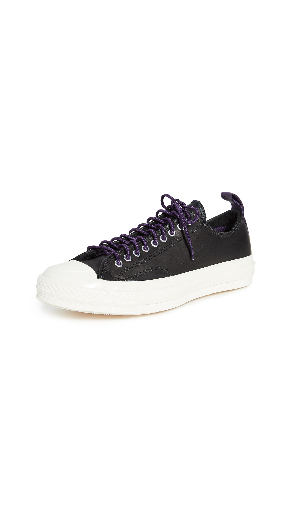 Buy Converse online - photo of Converse Chuck 70 Fleece Leather Ox Sneakers