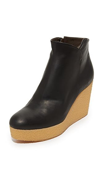 Coclico Shoes Nails Wedge Booties - Black