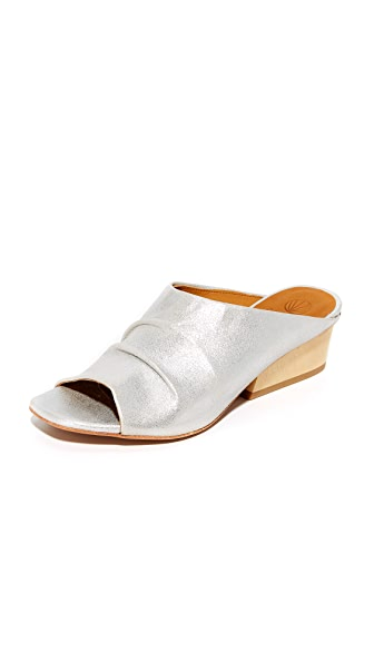 Coclico Shoes Oahu Mules - Plata/Natural