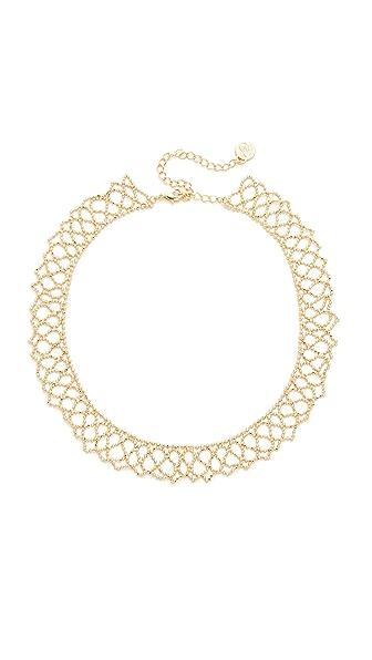 Cloverpost Trim Choker Necklace