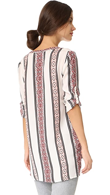 cupcakes and cashmere Labelle Hayes Stripe Printed Tunic