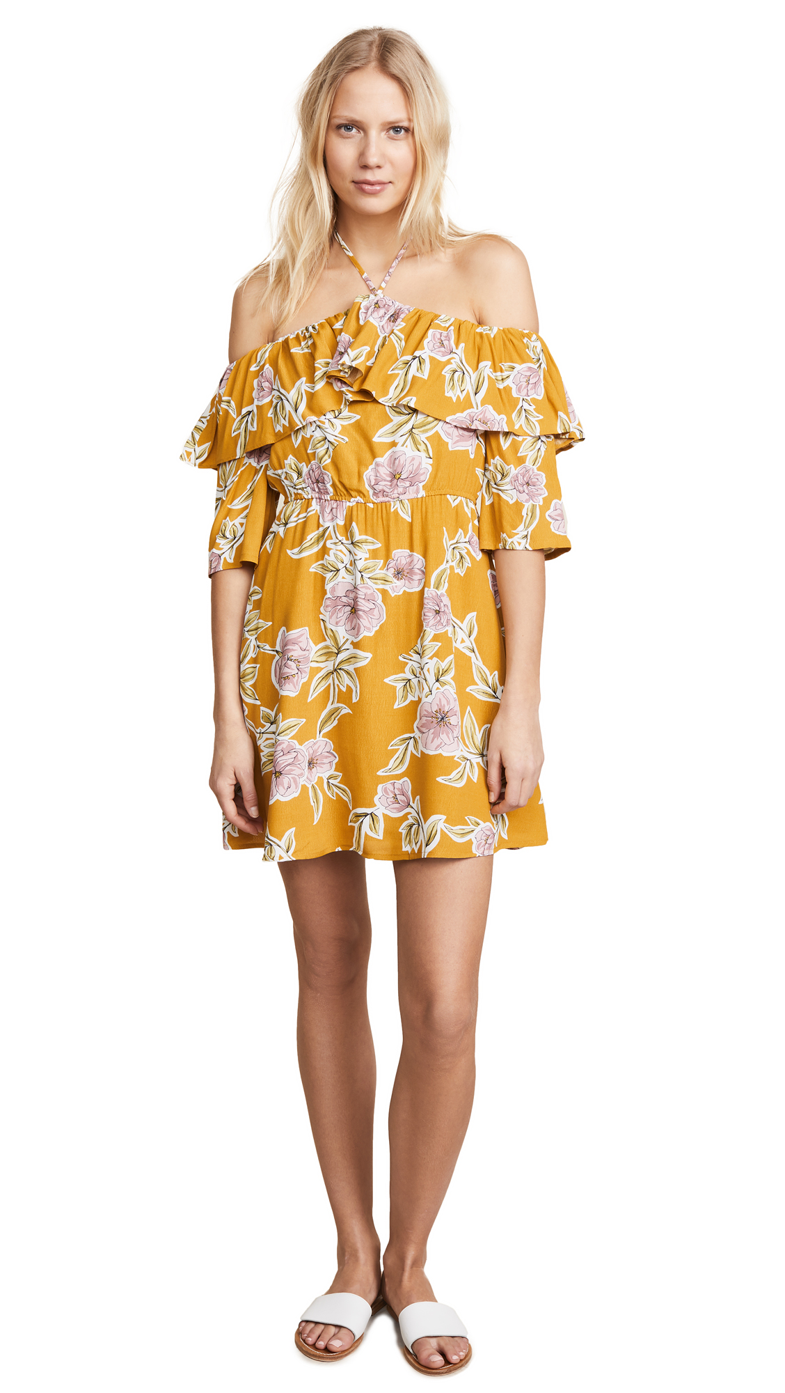cupcakes and cashmere Fonda Dress In Yellow Gold