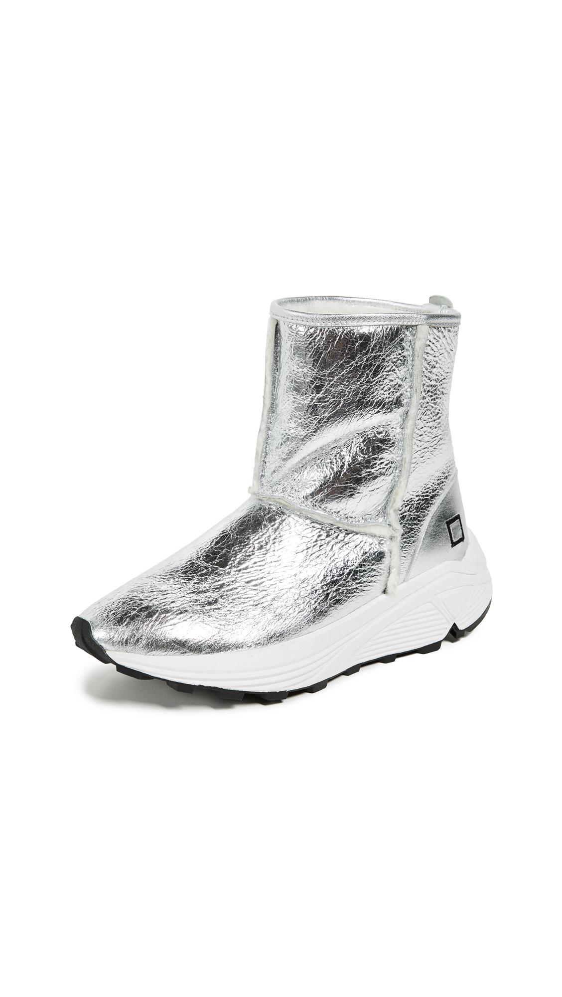 D.A.T.E. Dafne Sherpa Laminated Sneakers In Silver