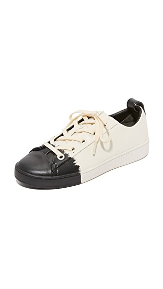 DKNY Brayden Luxe Classic Court Sneakers - Cream/Black