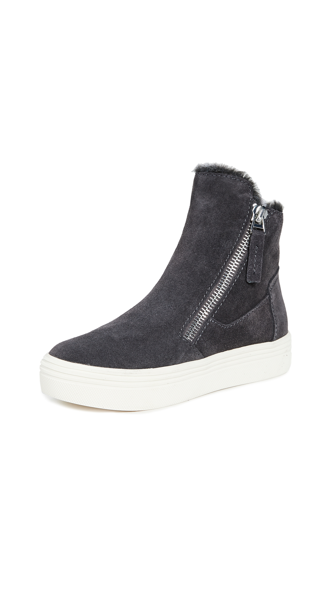 Buy Dolce Vita online - photo of Dolce Vita Tulli Sneakers
