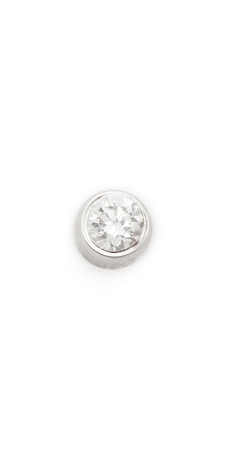 Diamond Bezel Single Stud Earring EF Collection
