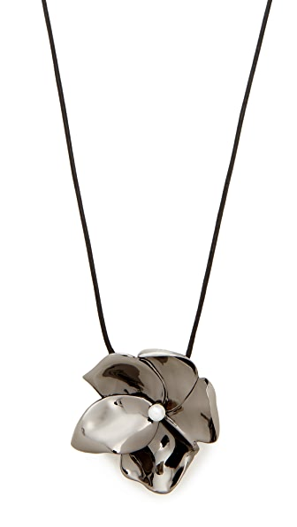 Elizabeth and James Long Posy Pendant Neklace In Ruthenium/Pearl