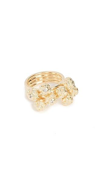 Elizabeth and James Matilda Ring In Gold