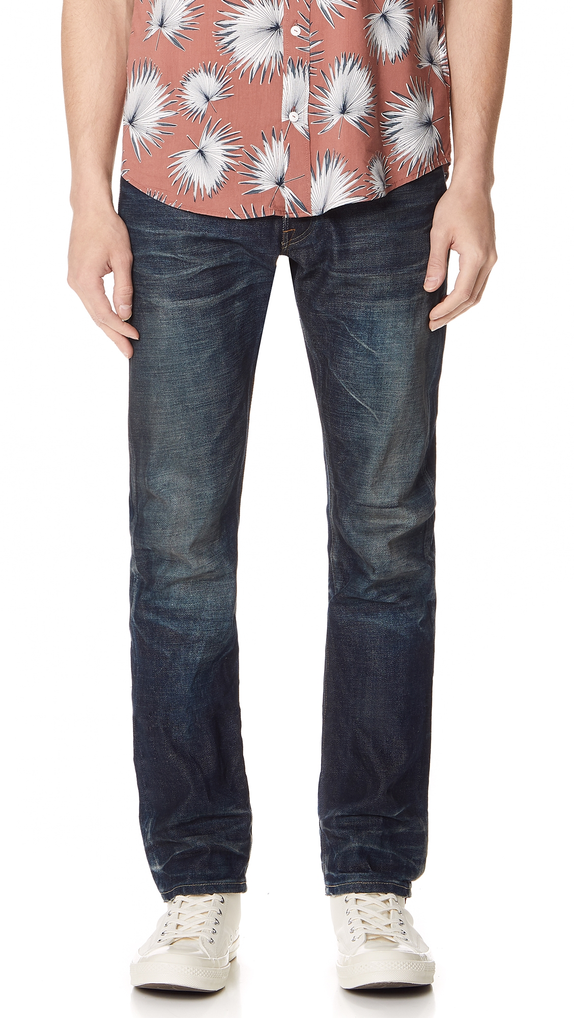 FABRIC BRAND & CO. Selvedge Slim Fit Jeans in Doran