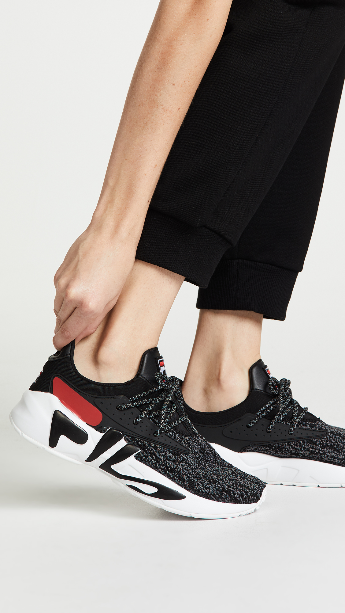 4079cec8dbd4 Fila Mindbreaker Sneakers