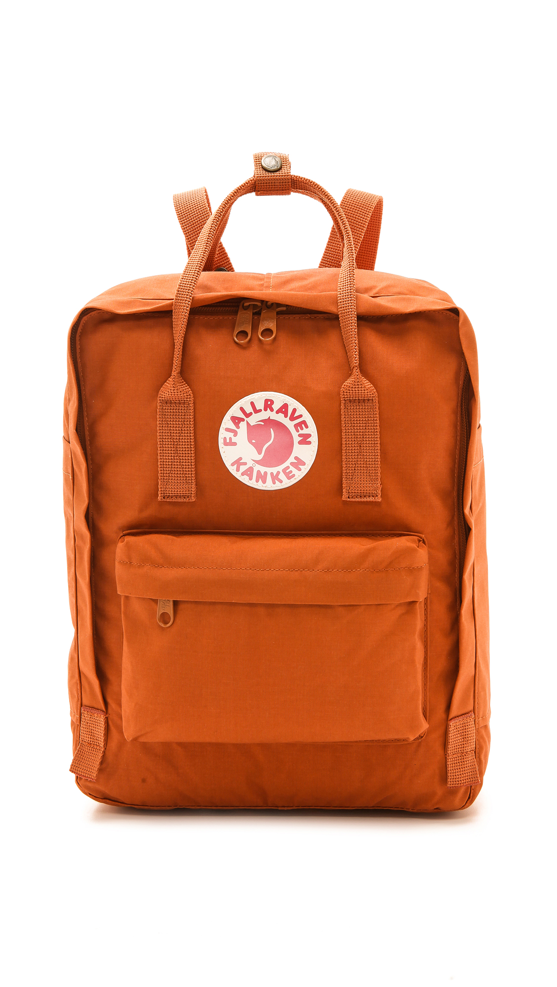A monochrome Fjällräven backpack, detailed with a reflective logo patch and zip front pocket. Patch side pockets offer easy access to essentials, and a 2 way, wraparound zip secures the top. A removable foam panel