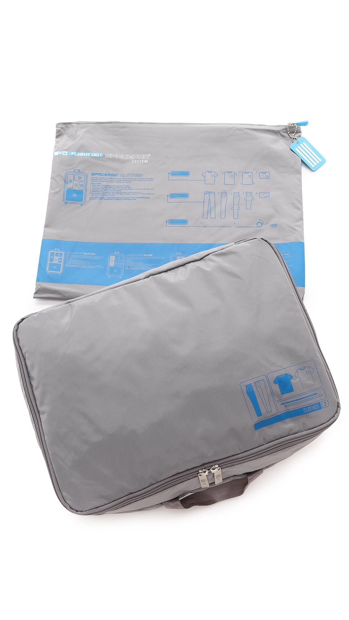 FLIGHT 001 F1 Spacepak Clothes Bag in Grey