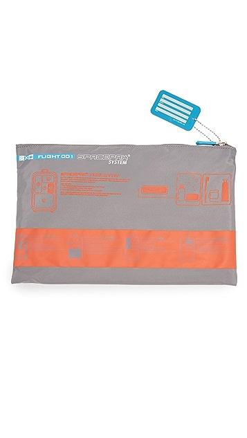 Flight 001 F1 Spacepak Toiletry Bag
