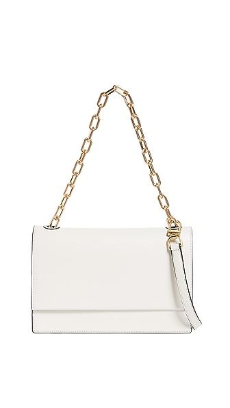 Flynn Ashton Shoulder Bag In Off White