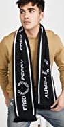 Fred Perry Graphic Scarf