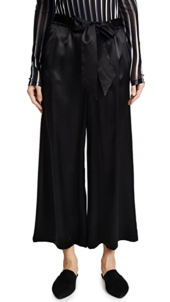 FRAME Cropped Easy Pants In Noir