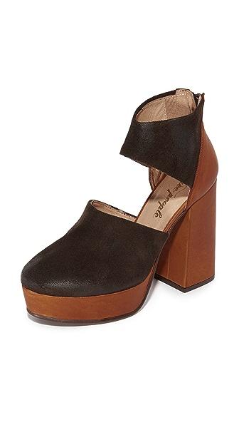 Free People Luxor Platform Heels - Taupe