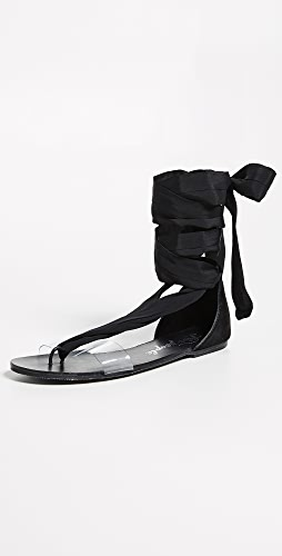 Babe fetish heel