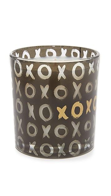 Fringe Brush XOXO Candle