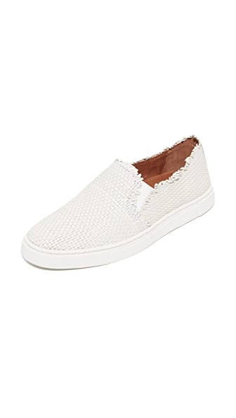 Frye Ivy Fray Woven Slip On Sneakers In White