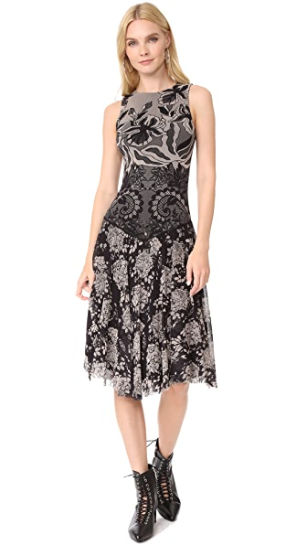 Fuzzi Stampa Layered Lace Sleeveless Dress