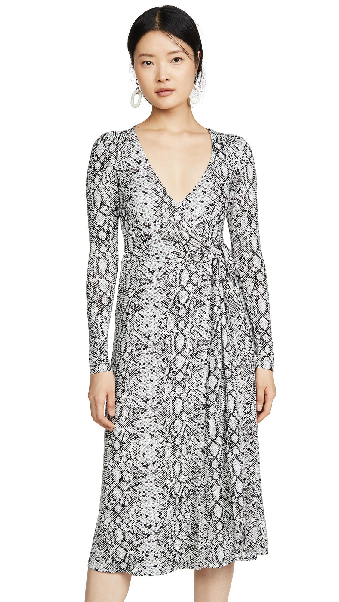 Buy Good American online - photo of Good American Printed Wrap Dress