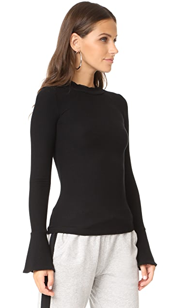 GETTING BACK TO SQUARE ONE Flare Cuff Top