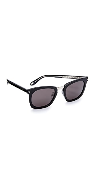 Givenchy Universal Fit Star Square Sunglasses - Black/Grey