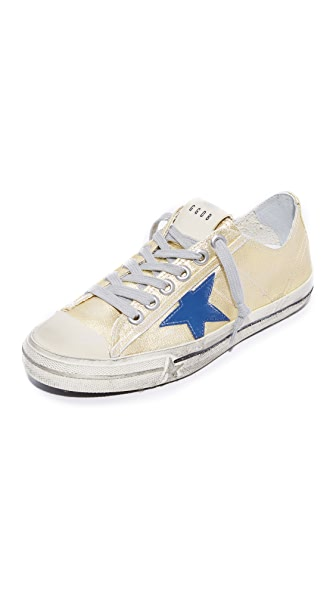 Golden Goose V-Star 2 Sneakers - Gold