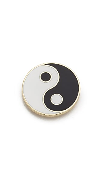 Georgia Perry Yin Yang Pin - Black/White