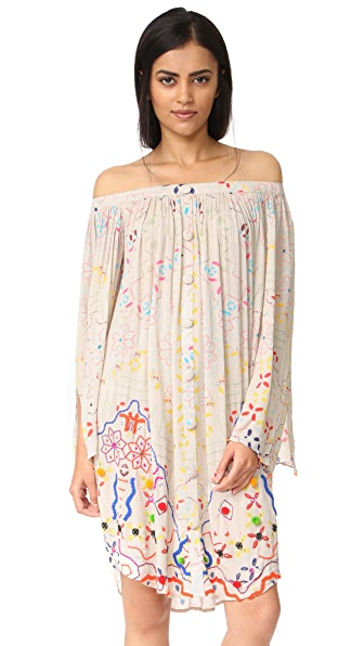 Hemant and Nandita Off The Shoulder Tunic - Cream