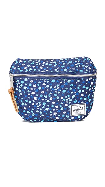 Herschel Supply Co. Fifteen Fanny Pack - Mini Peacoat Floral