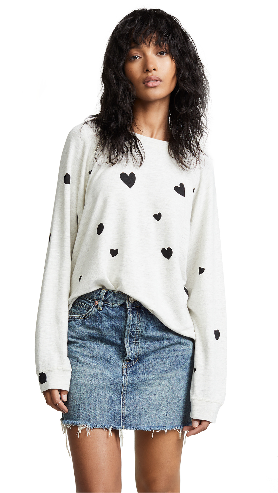 MONROW Raglan Sweatshirt with Scattered Hearts In Ash