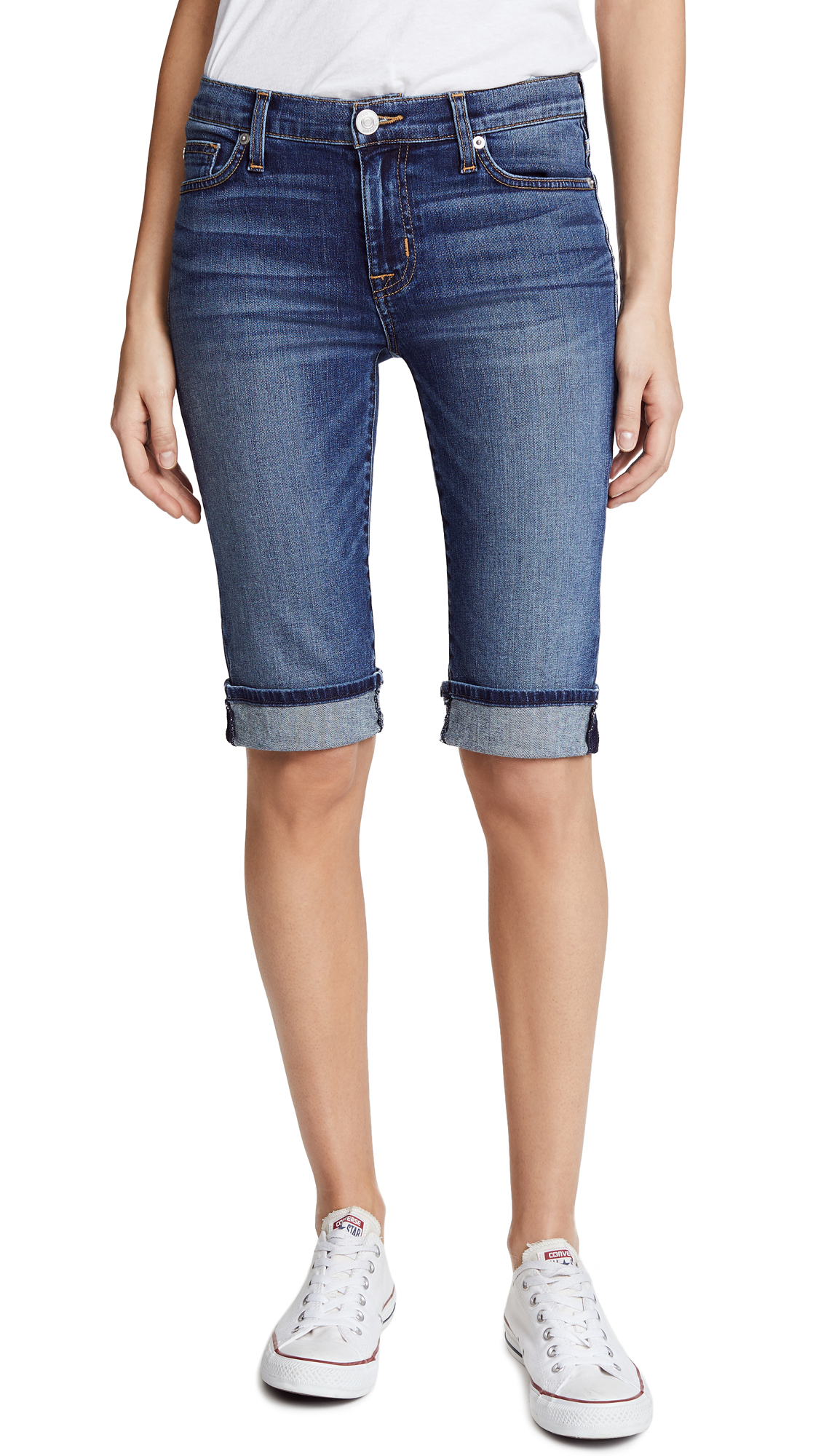 Hudson Amelia Cuffed Knee Shorts In Unfamed