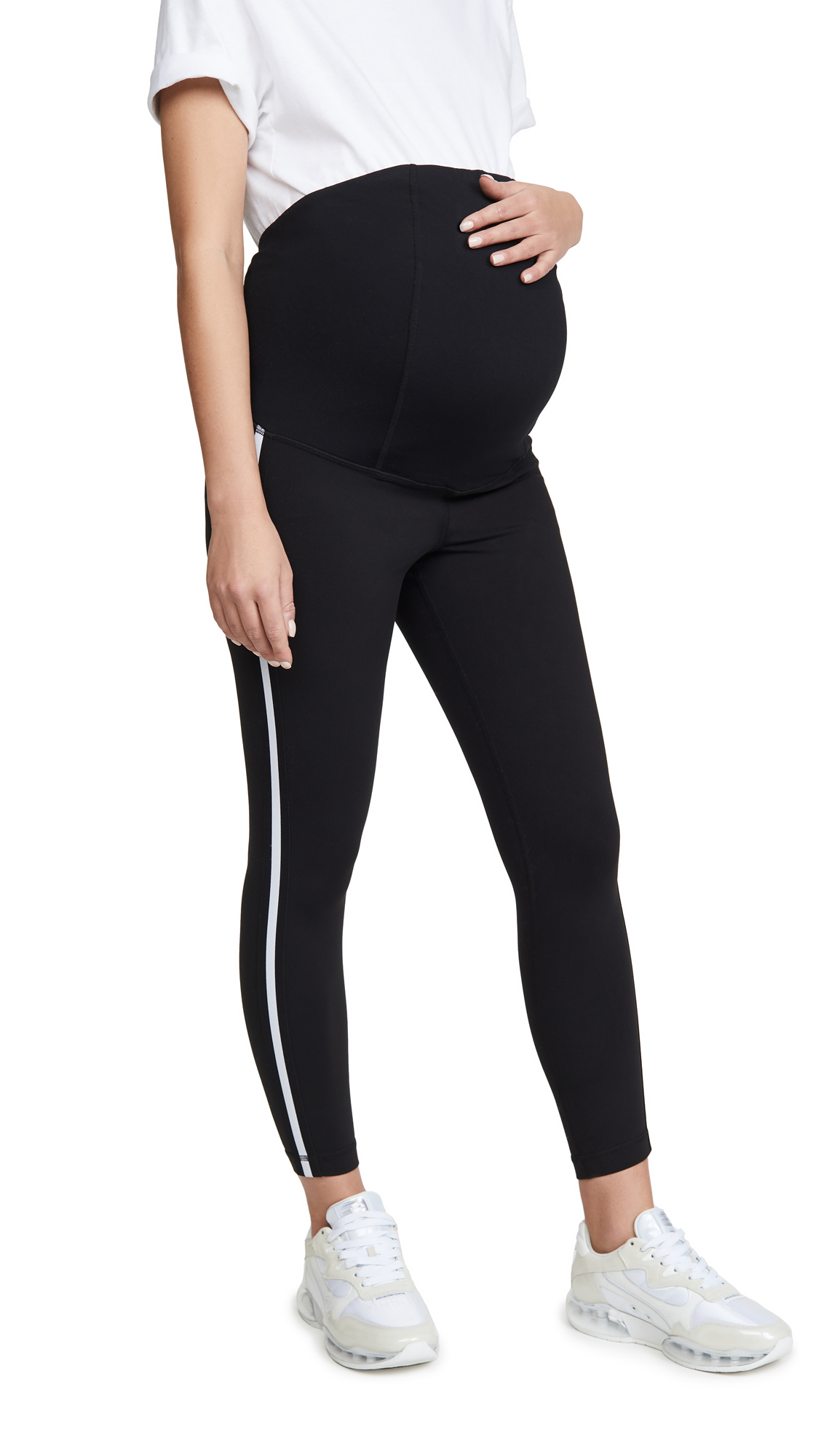 Ingrid & Isabel Active 7/8 Tuxedo Leggings