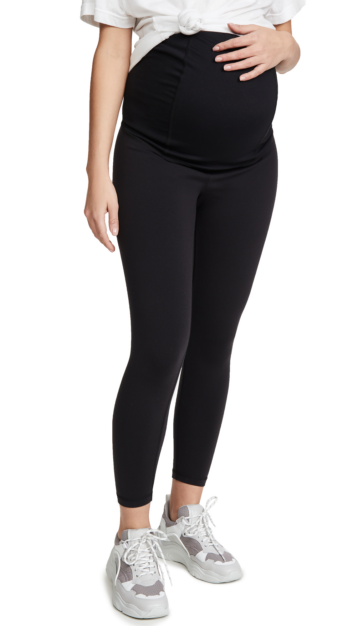 Ingrid & Isabel 7/8 Active Maternity Leggings